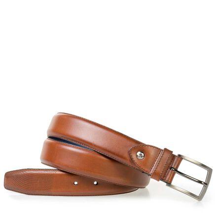 Elegant calf leather belt