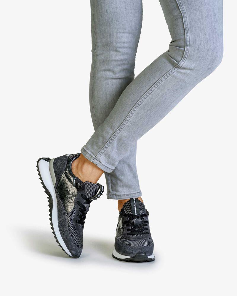 Sneaker printed suede grey