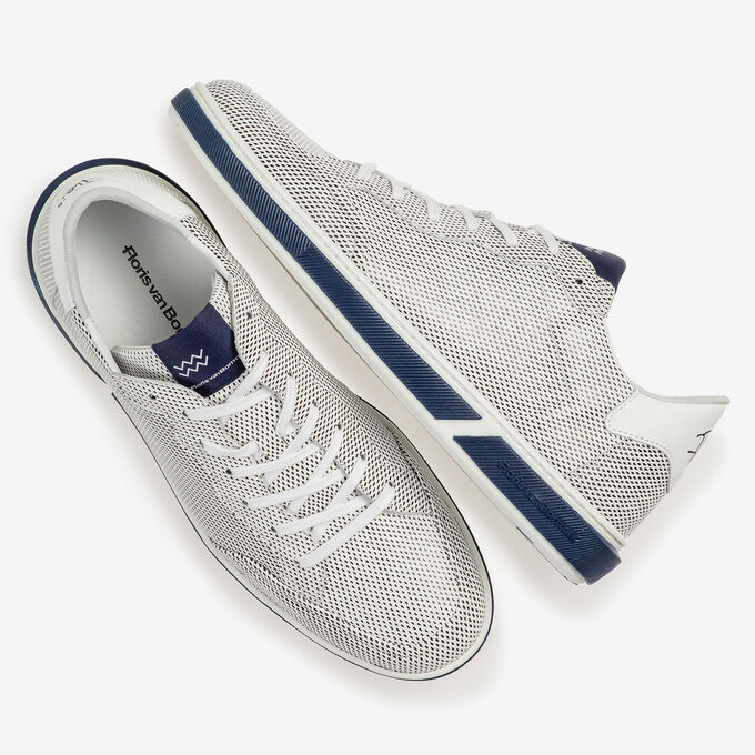 White calf leather lace shoe with print
