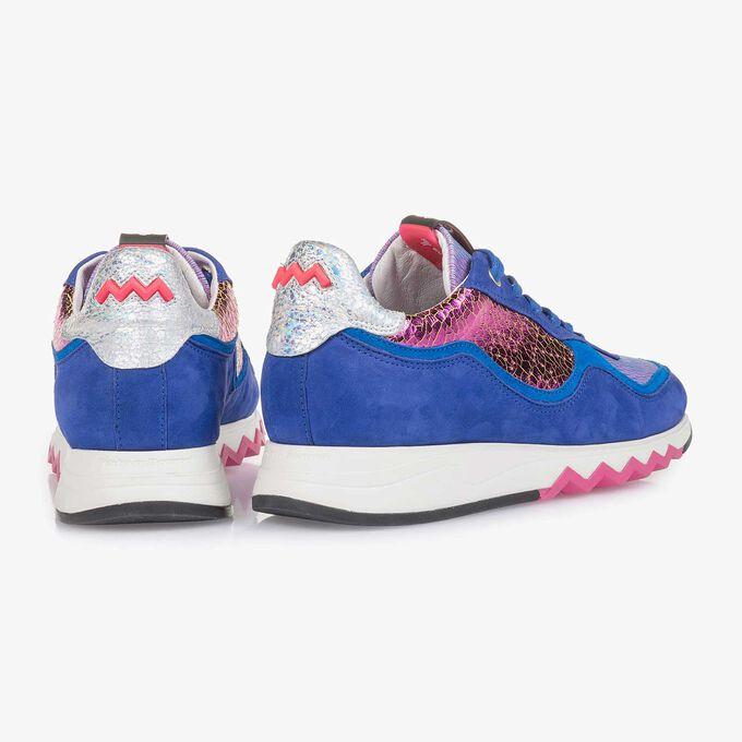 Kobaltblauwe suède sneaker