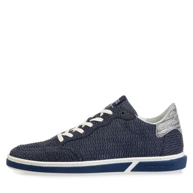 Sporty calf leather lace-up shoe