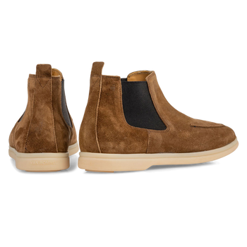 Chelsea boot suede leather cognac