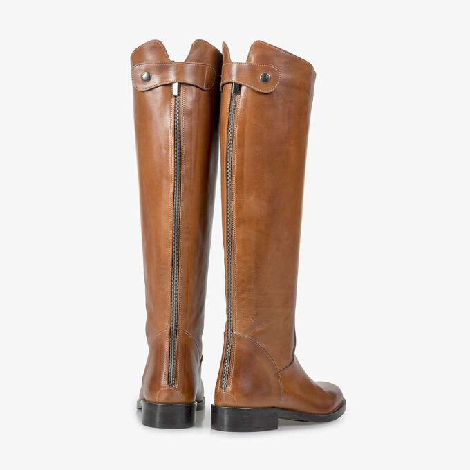 Cognac-coloured calf leather high boots