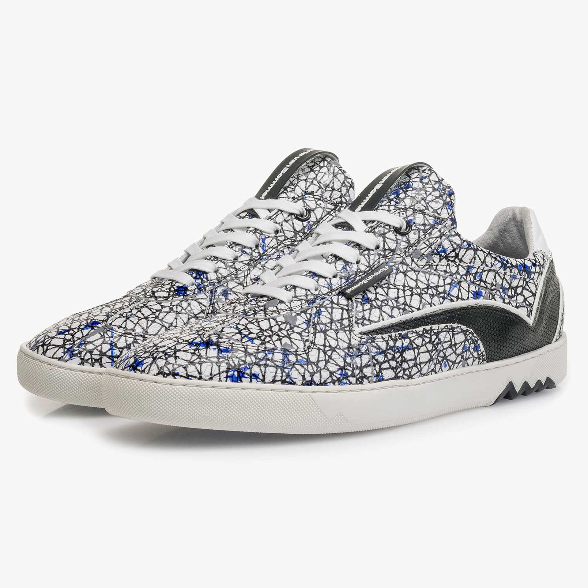 White calf leather sneaker with a print