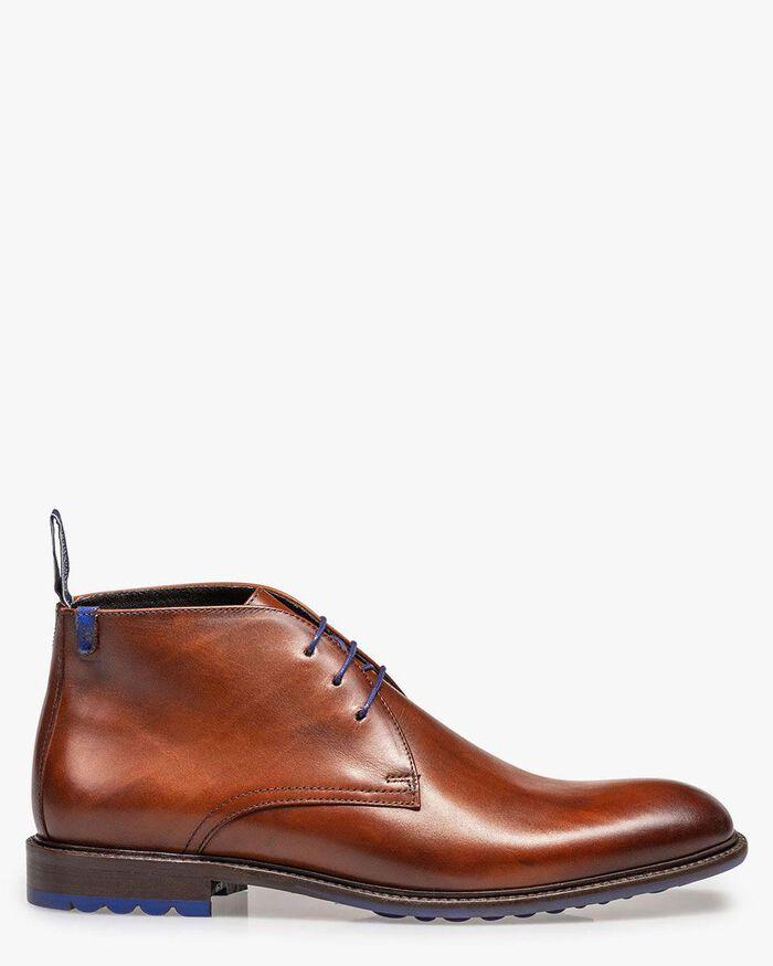 Lace boot calf leather cognac