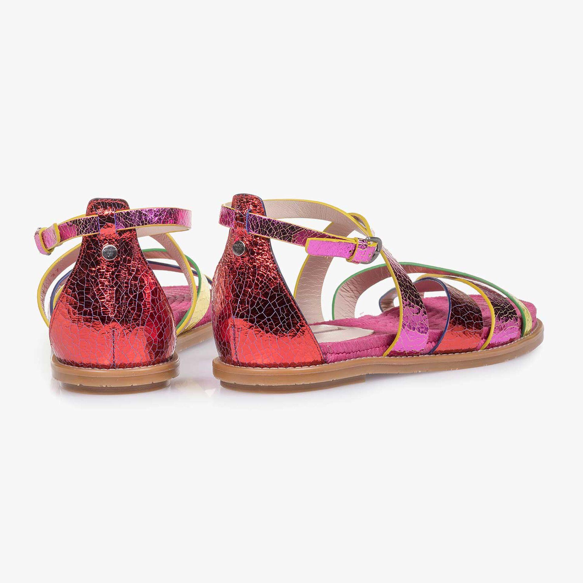 Metallic leren sandaal met craquelé effect