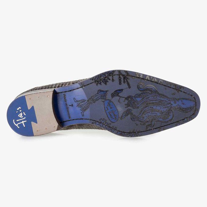 Grey nubuck leather lace shoe with croco print