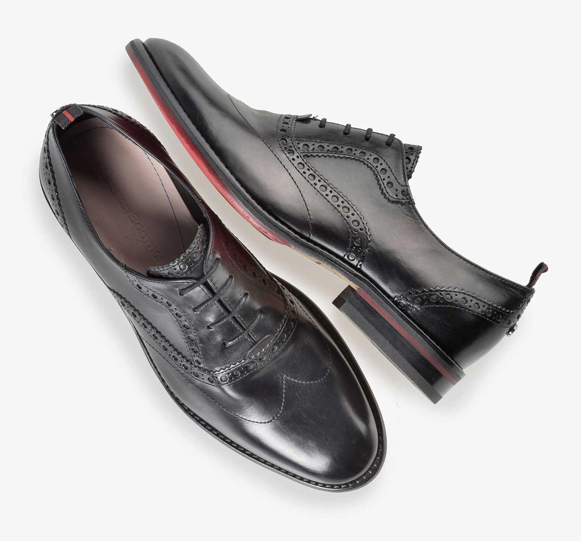 Black leather brogue lace shoe