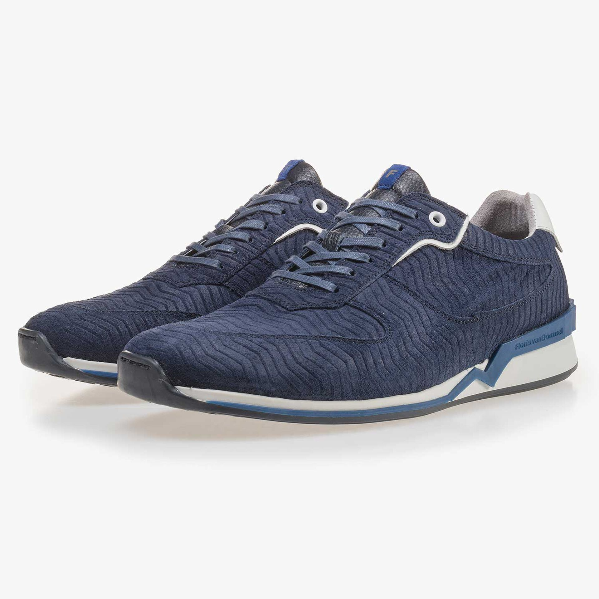 Dark blue suede leather sneaker with a zig-zag print