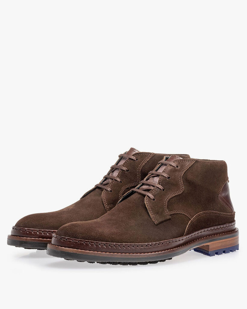 Lace boot dark brown suede leather
