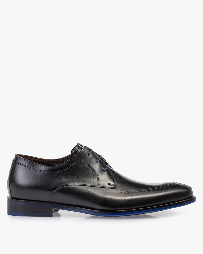 Lace shoe black calf leather