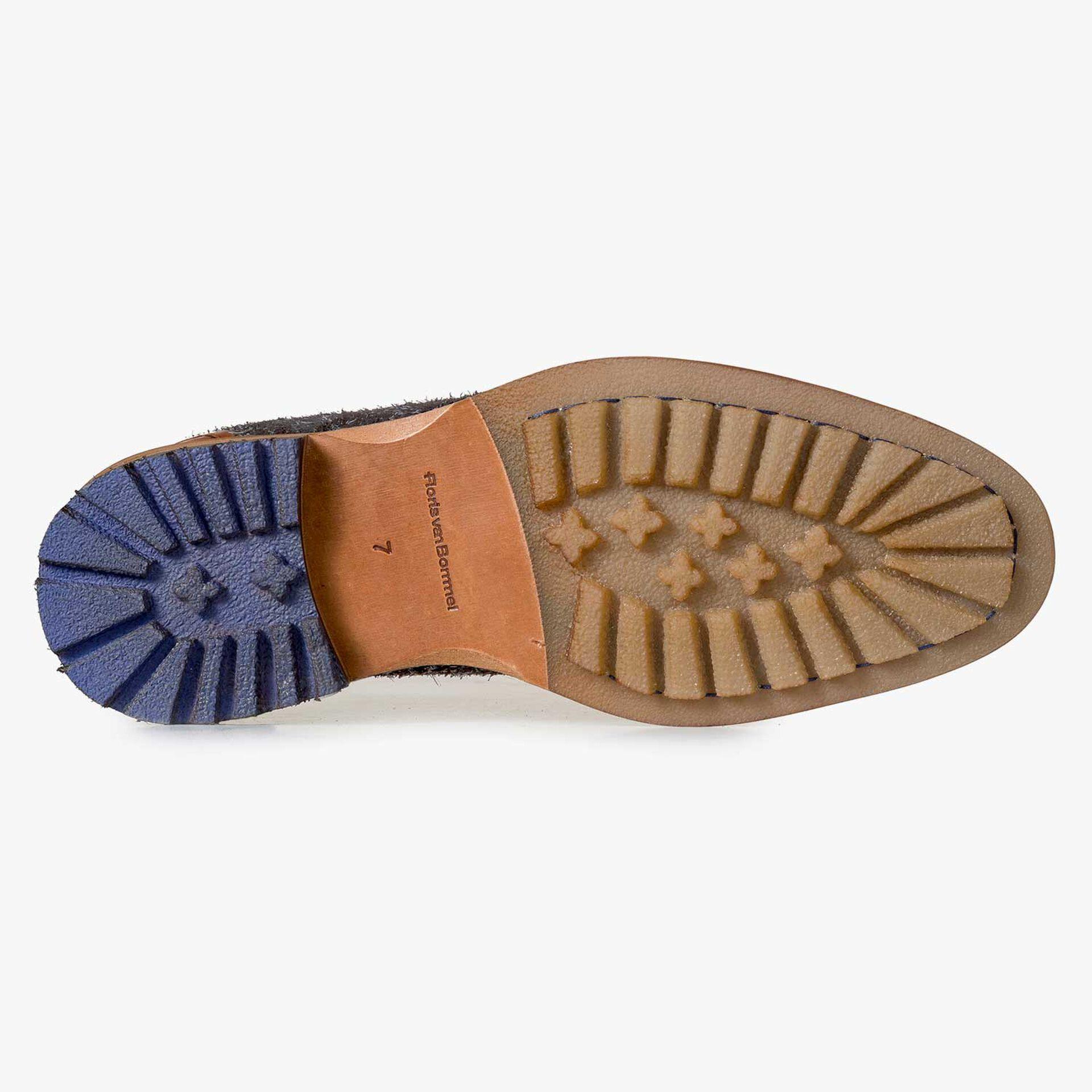 Dark grey rough Chelsea boot