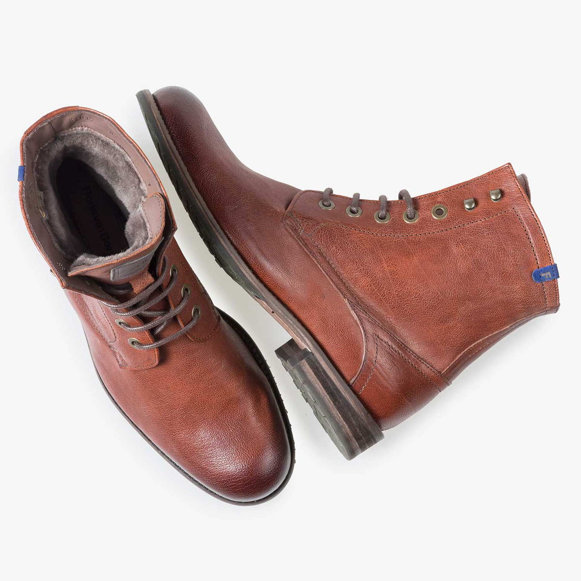 Lined cognac-coloured leather lace boot