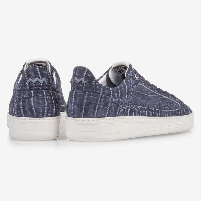 Donkerblauwe sneaker met crocoprint