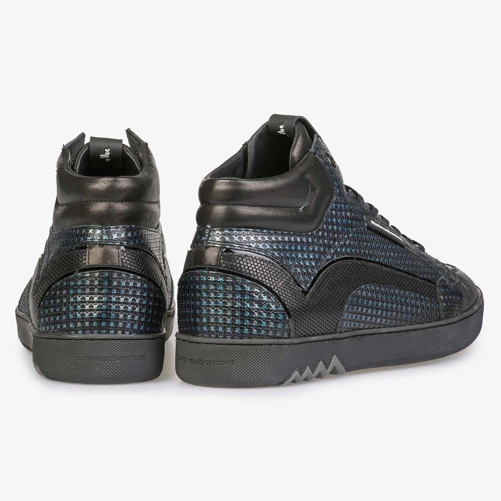 Blauwe sneaker met metallicprint