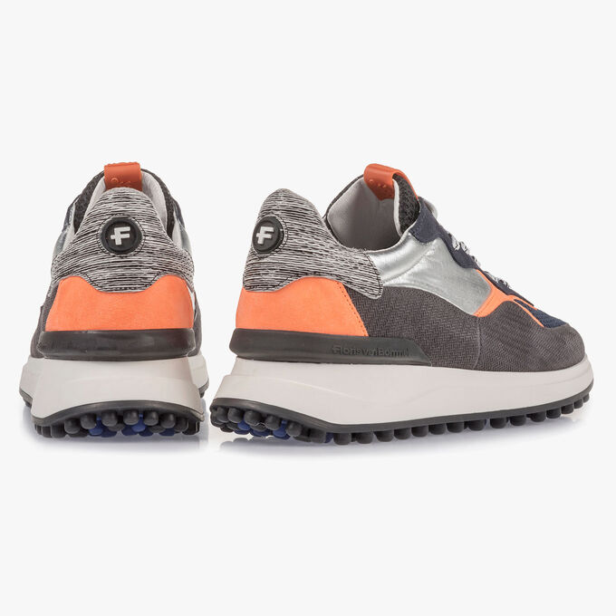 Suede leather sneaker with orange details