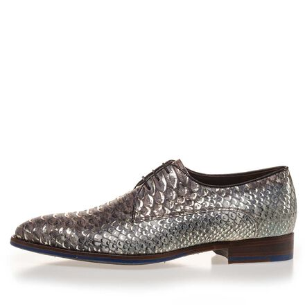 Calf's leather lace shoe with snake print