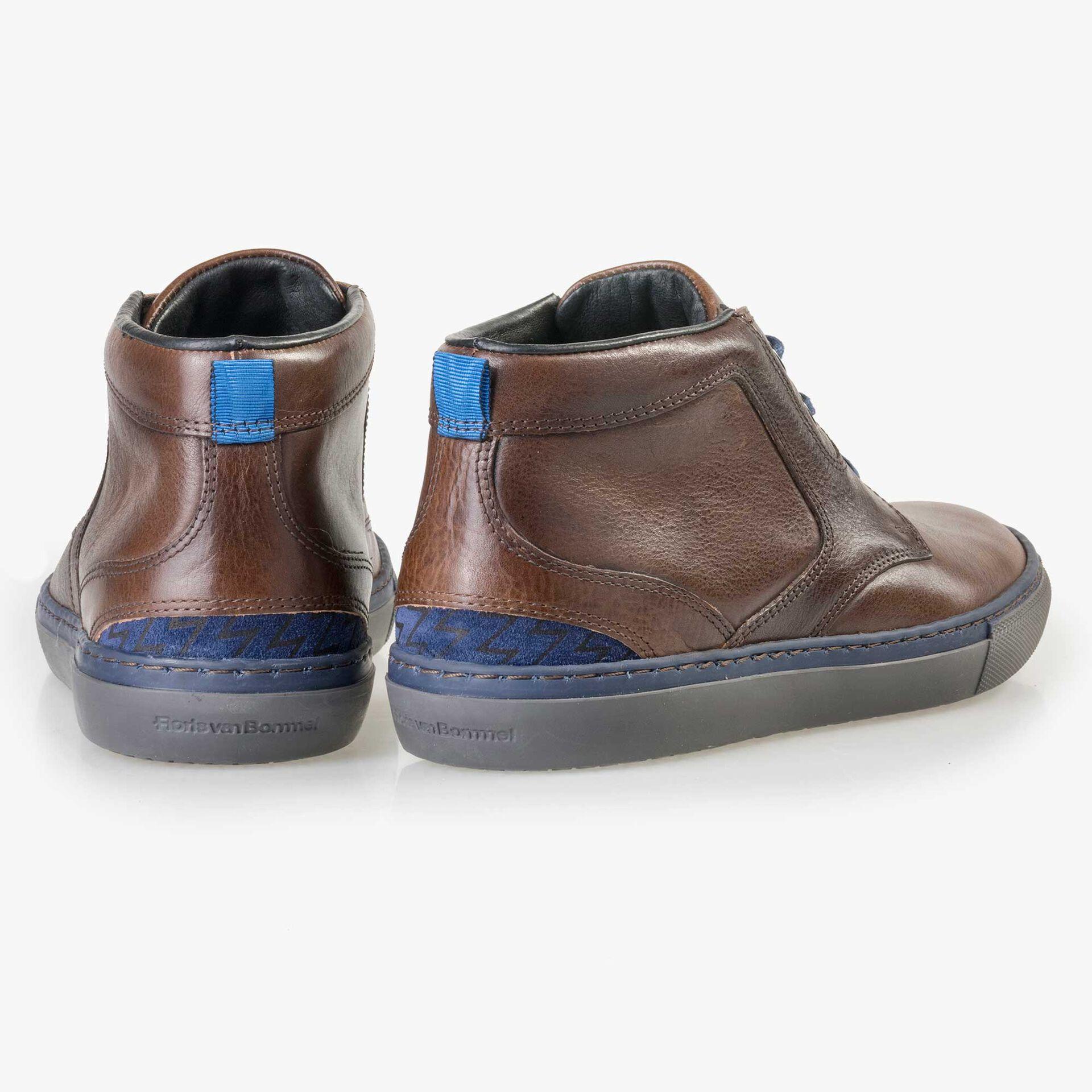 Floris van Bommel men's brown leather lace boot