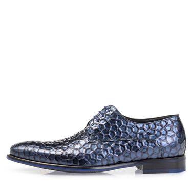 Lace shoe metallic print