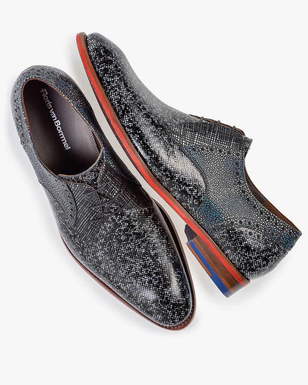 Lace shoe black and grey metallic