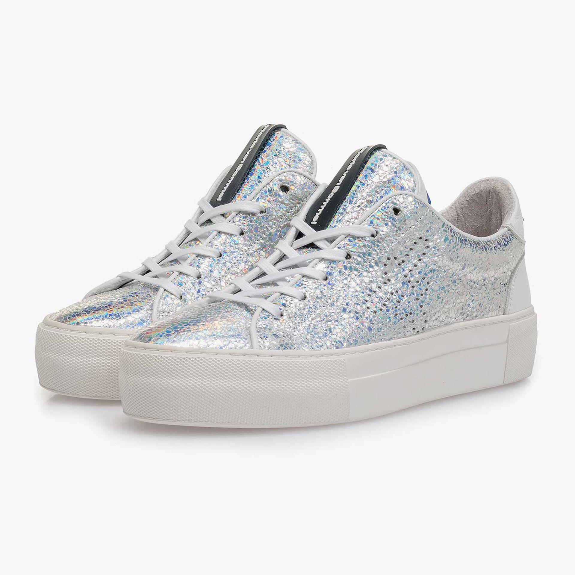 Zilveren metallic leren sneaker met craquelé effect
