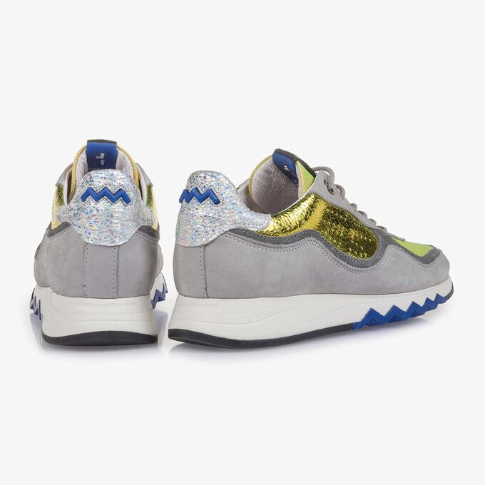Grey nubuck leather sneaker with yellow details