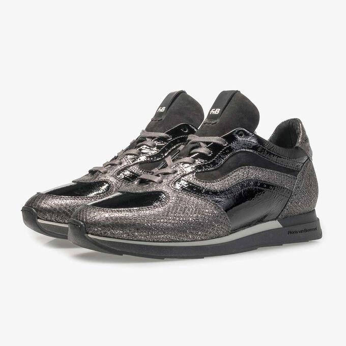 Grijze leren sneaker met metallicprint