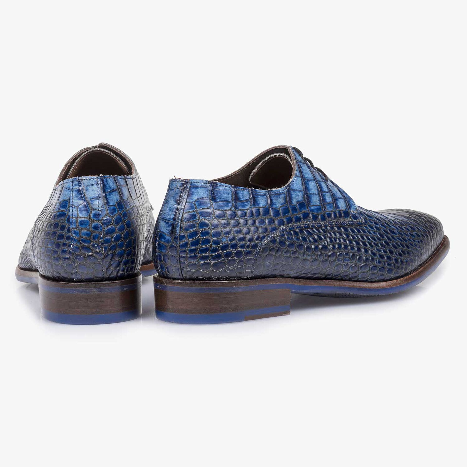 Blue croco print calf leather lace shoe