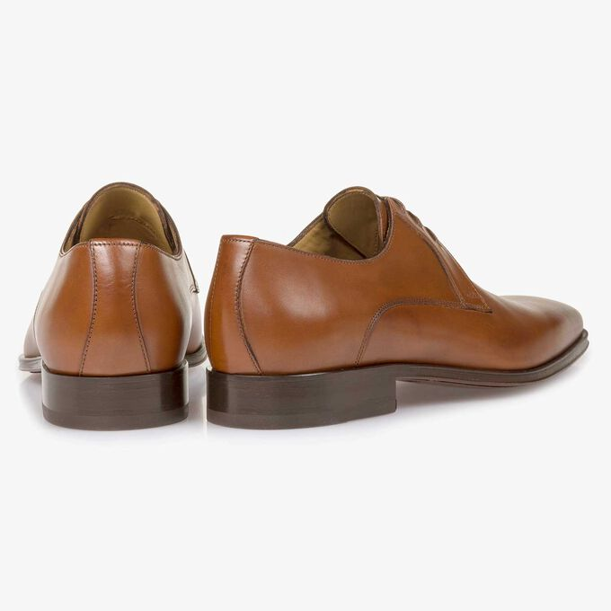 Cognac-coloured calf leather lace shoe
