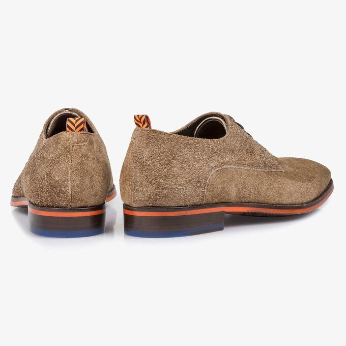 Brown buffed suede leather lace shoe