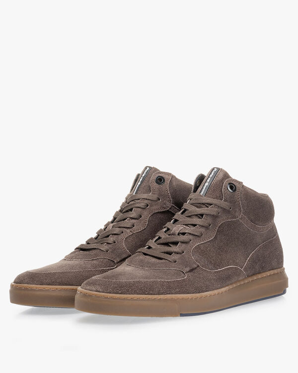 Sneaker suede taupe