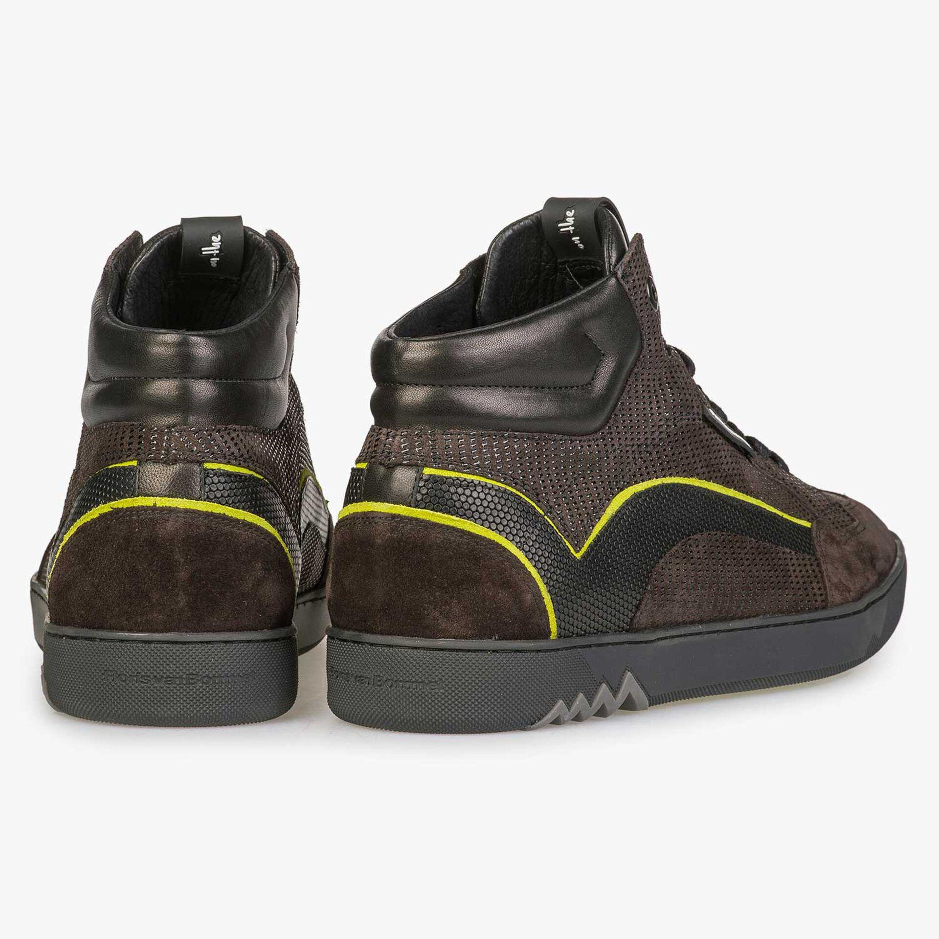 Halfhoge bruine sneaker