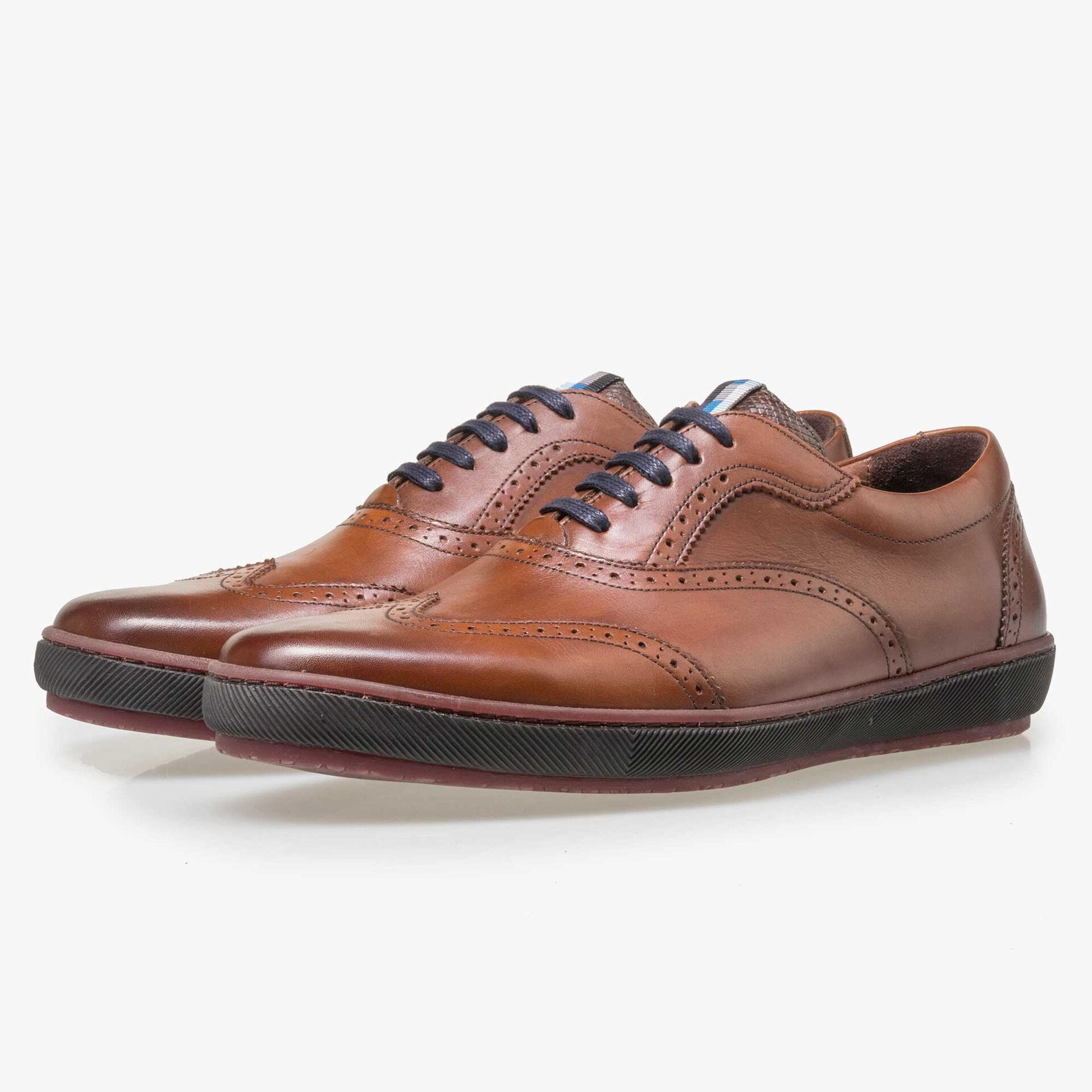 Floris van Bommel men's cognac brogue lace shoe