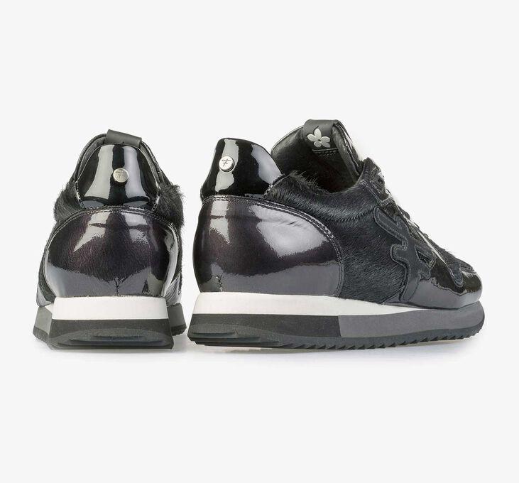 Zwarte lakleren sneaker met F logo