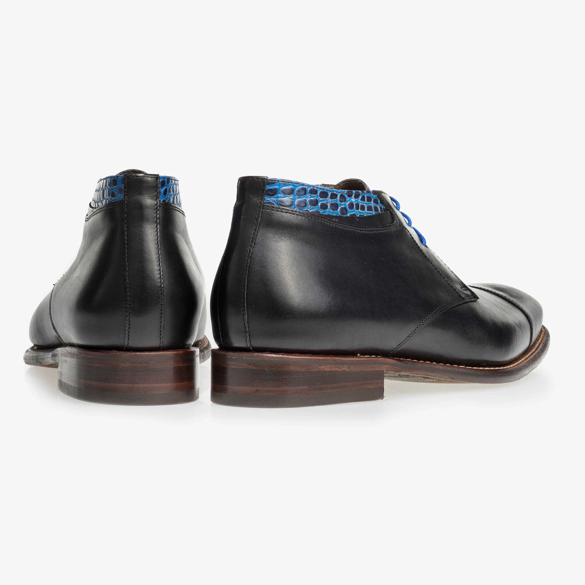 Black mid-high leather lace boot