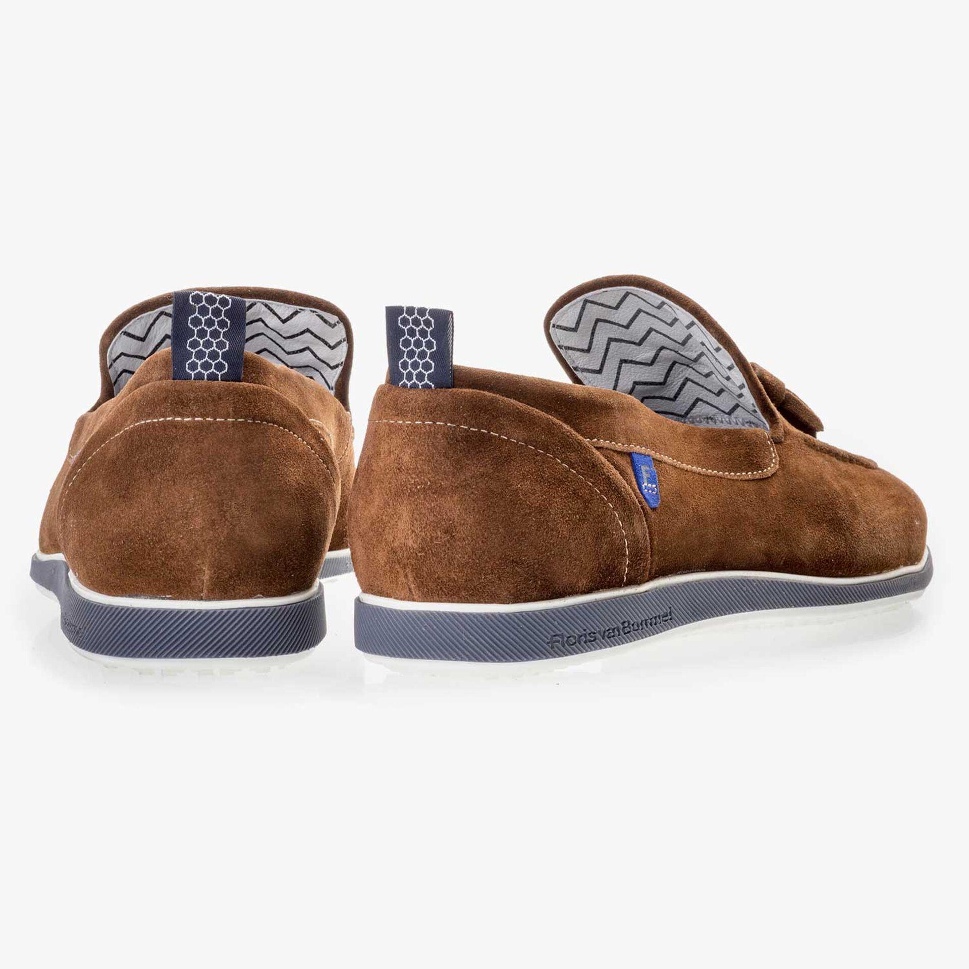 Bruine suède loafer met flosjes