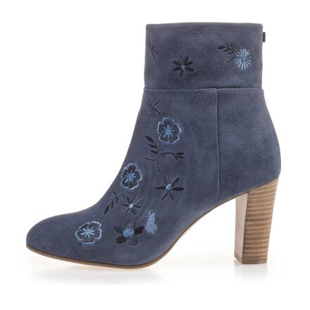 Calf's suede leather ankle boot with floral embroidery stitching