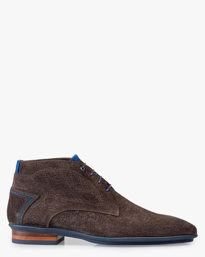 Lace boot brown suede leather