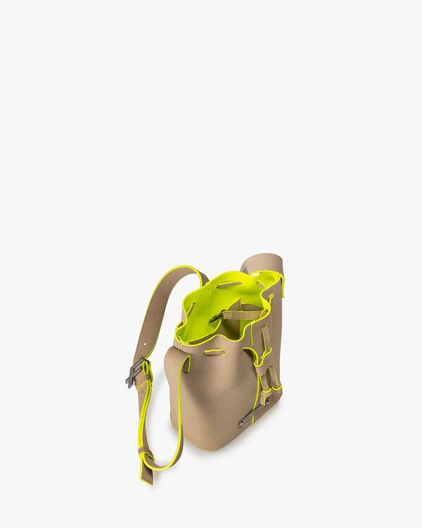 Bucket bag leather