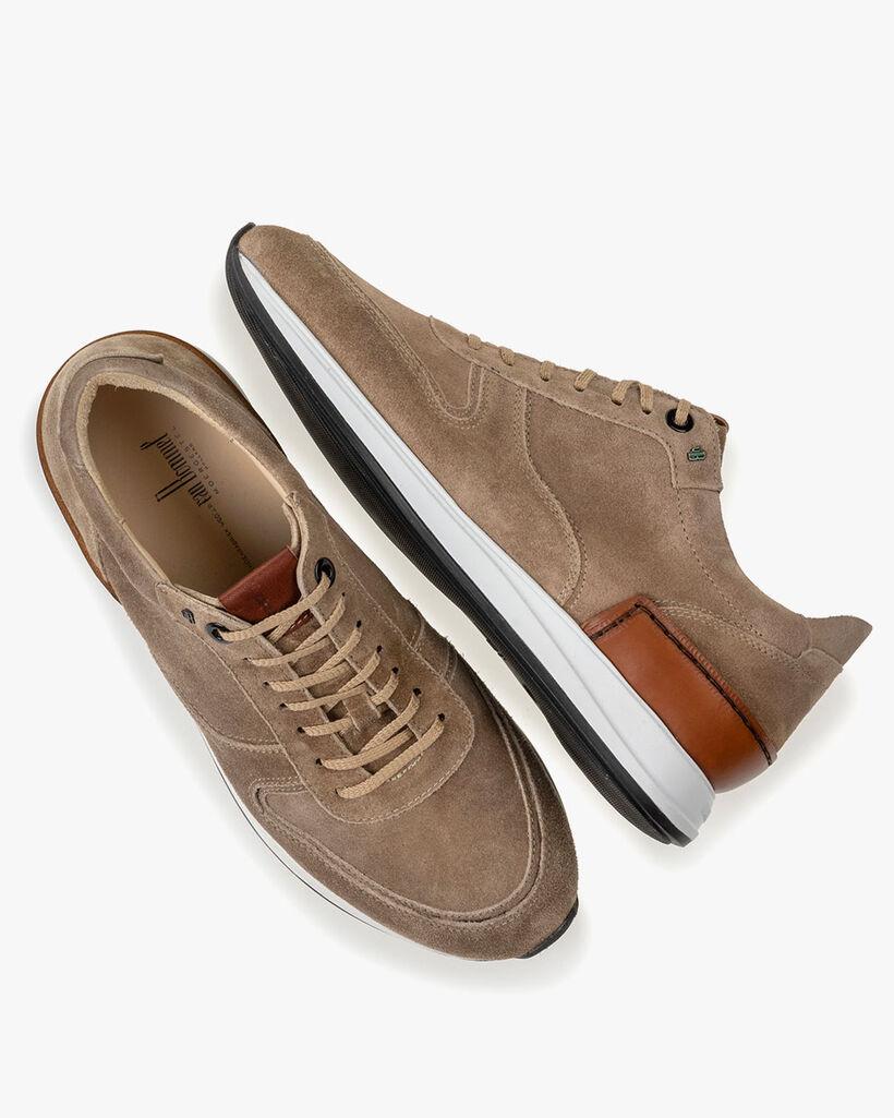 Sneaker zand suède
