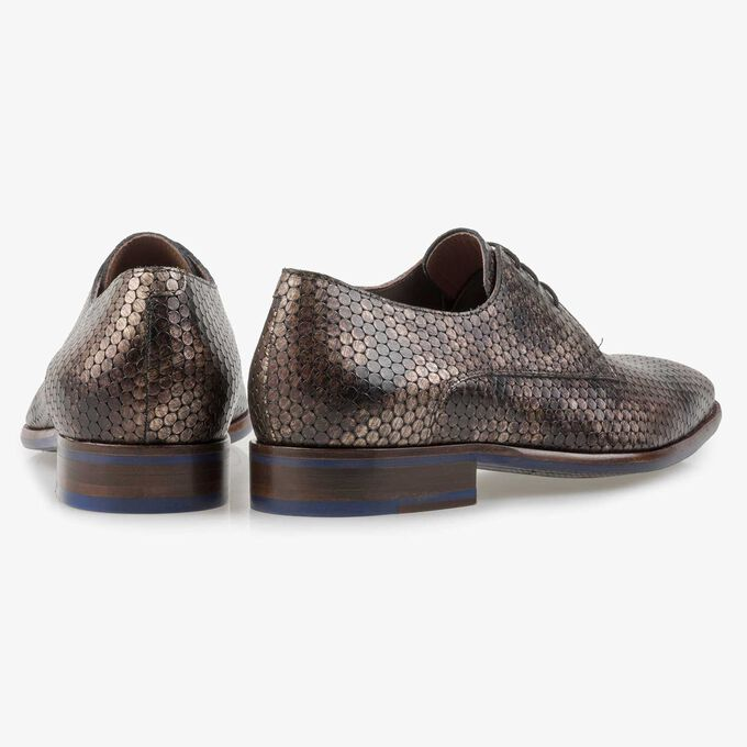 Brown metallic print leather lace shoe