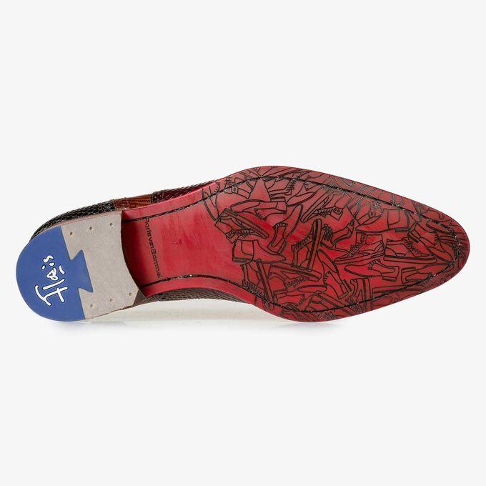 Dark cognac-coloured lace shoe