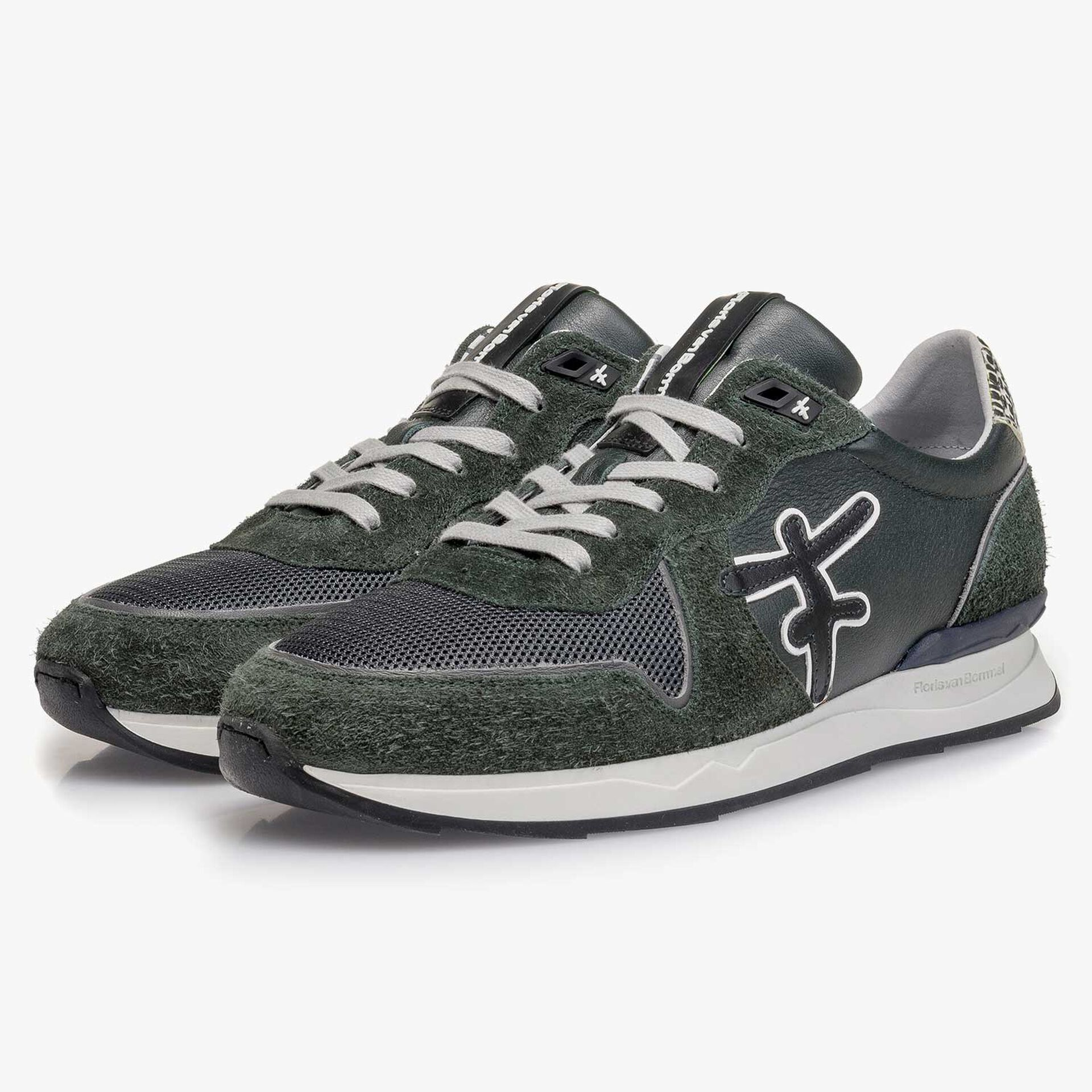 Dark green calf leather sneaker