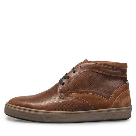 Gevoerde, halfhoge schoen van kalfsleer