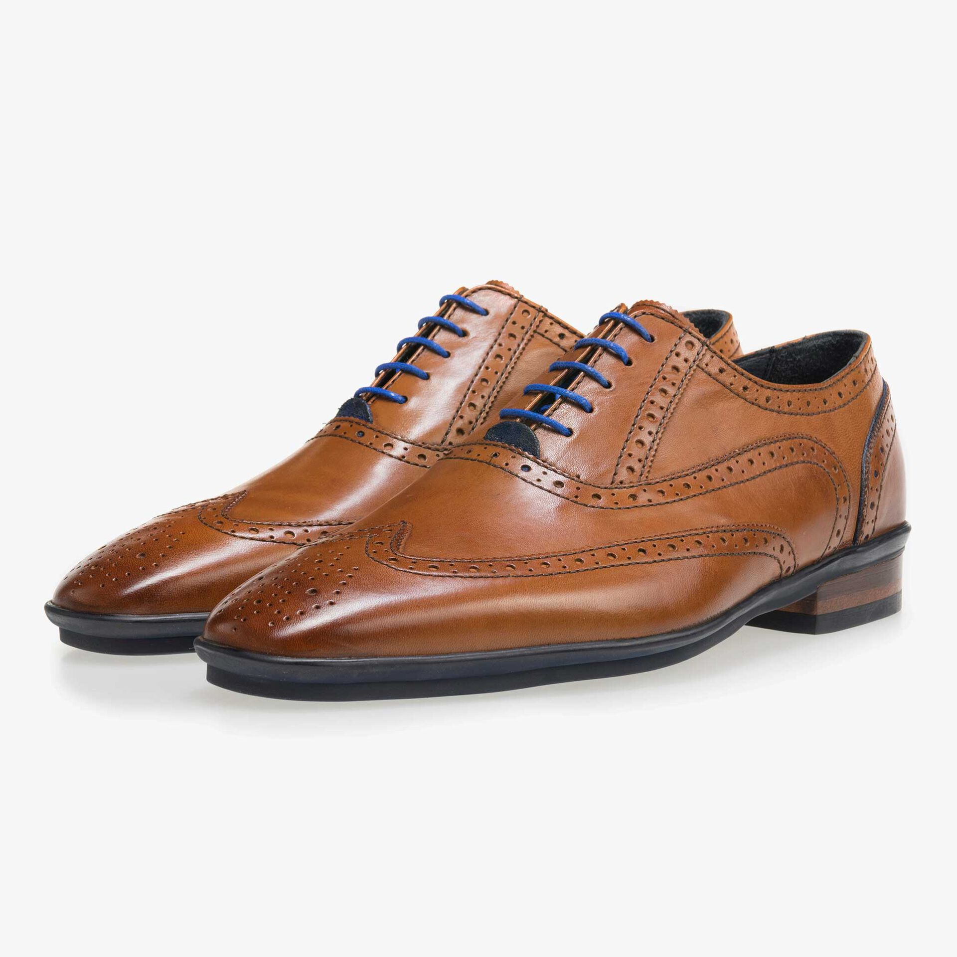 Cognac-coloured brogue leather lace shoe