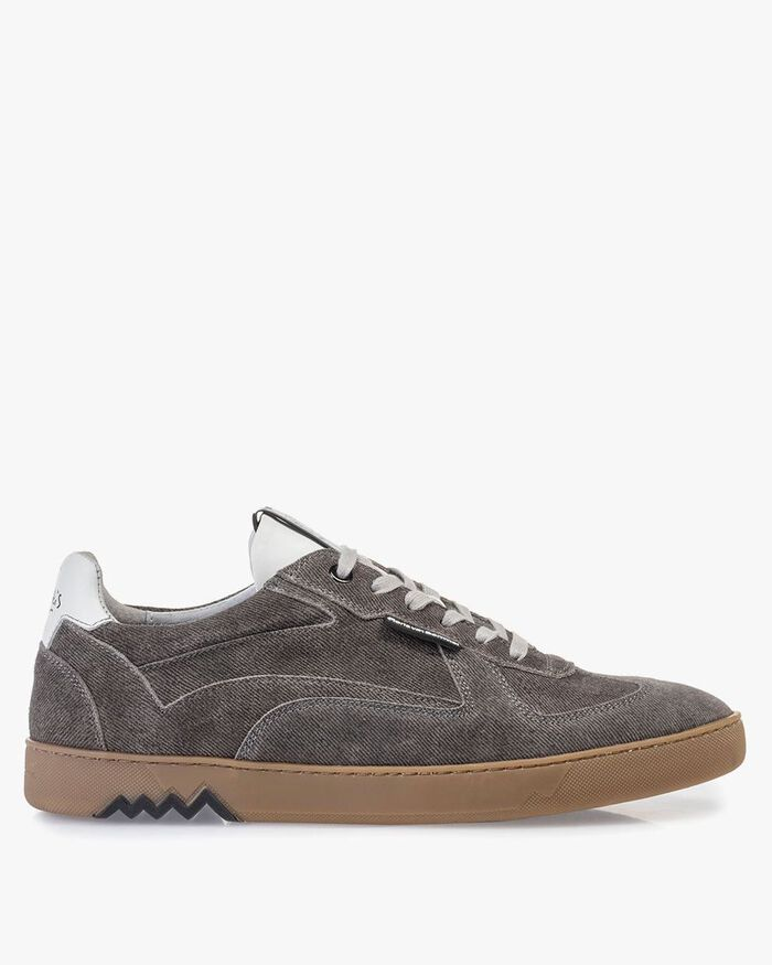 Sneaker grey suede leather