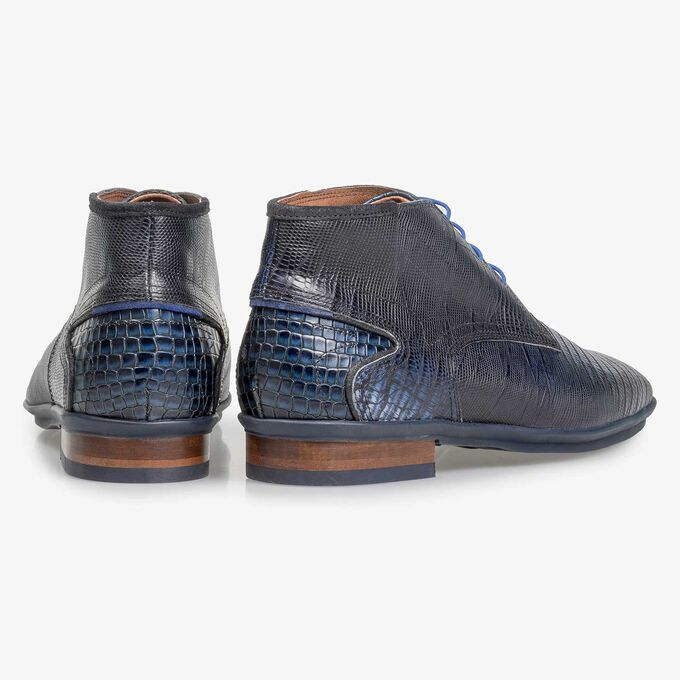 Blue calf leather lace shoe with lizard print