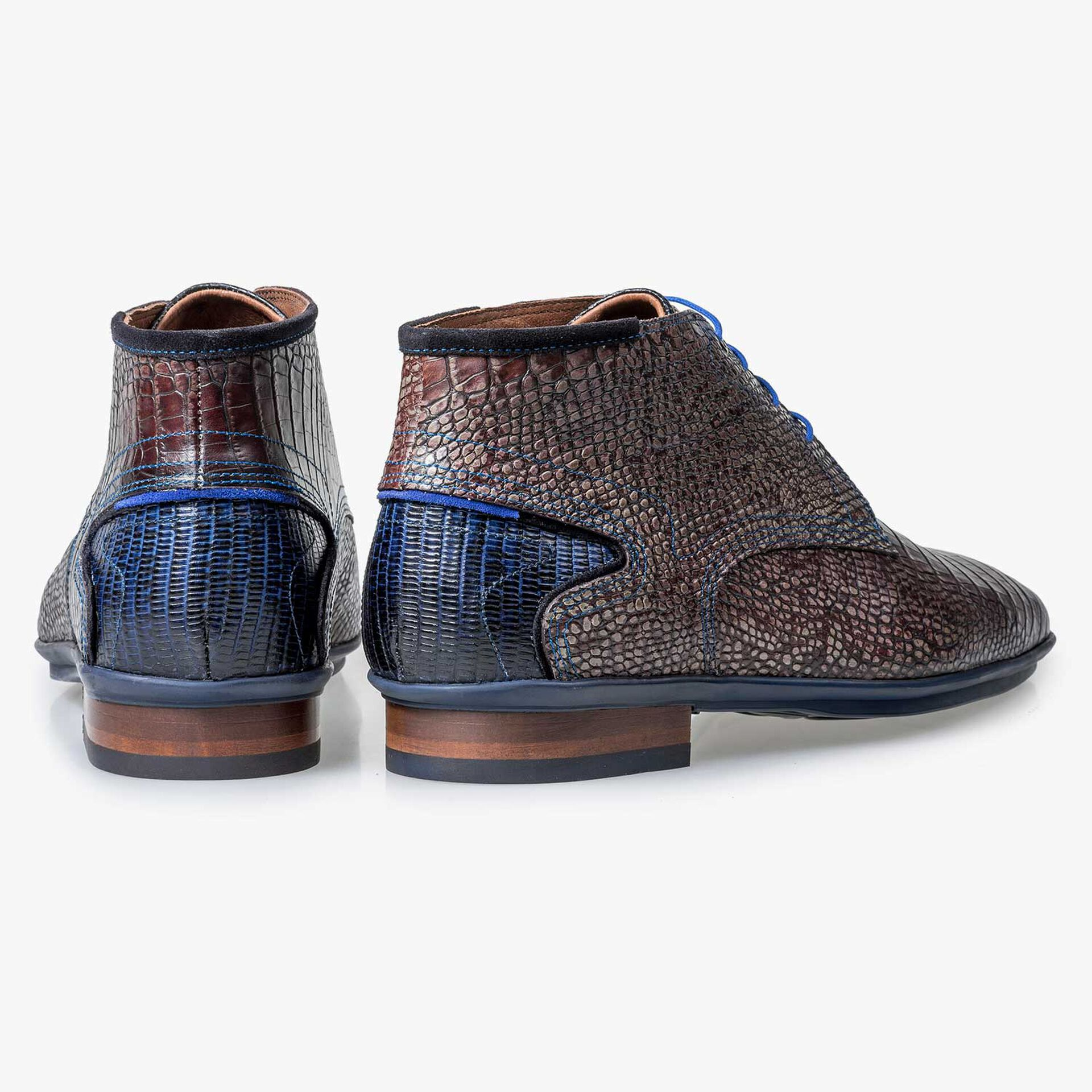 Dark brown calf leather lace boot with croco print