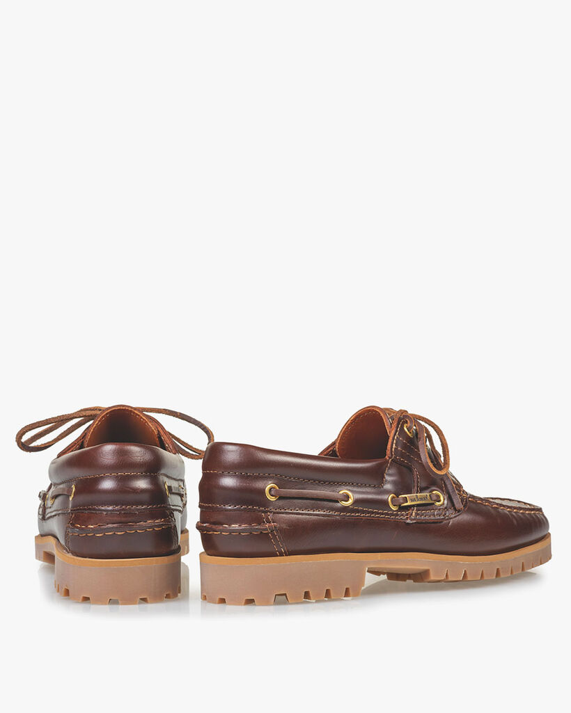 Boat shoe leather red brown