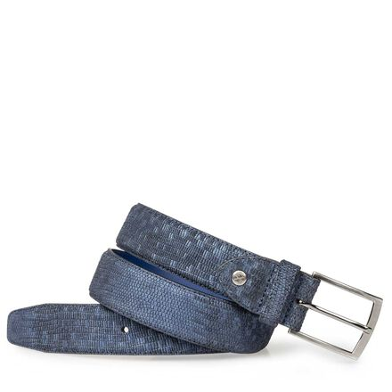 Leather belt with croco print